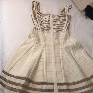 Herve Leger XS (worn but in mint condition 😊)